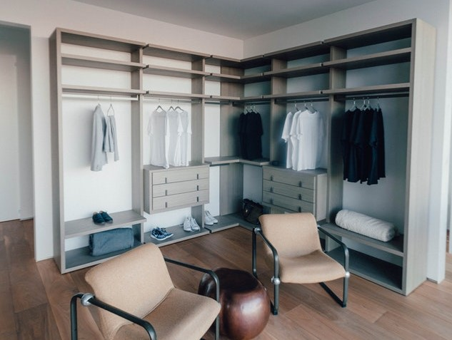 Turn Your Spare Room Into A Walk In Wardrobe Studio 54